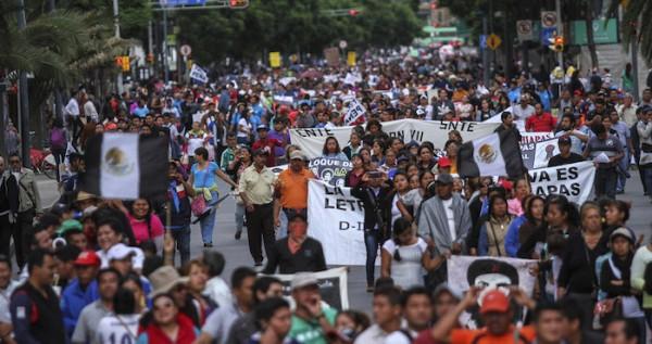 Marcharán maestros de Orizaba en la CDMX