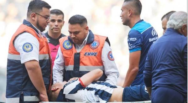 Cesar Montes sufre conmoción cerebral por golpe en la cabeza