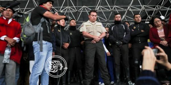 Diez policías y al menos 24 periodistas fueron retenidos por indígenas