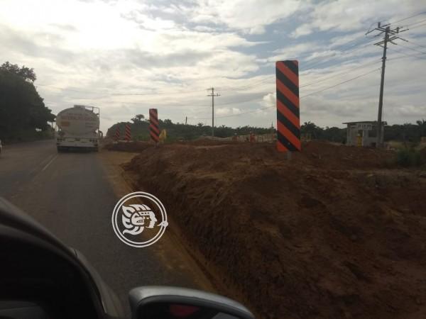 Ampliación de la Costera afecta a vecinos de Lázaro Cárdenas