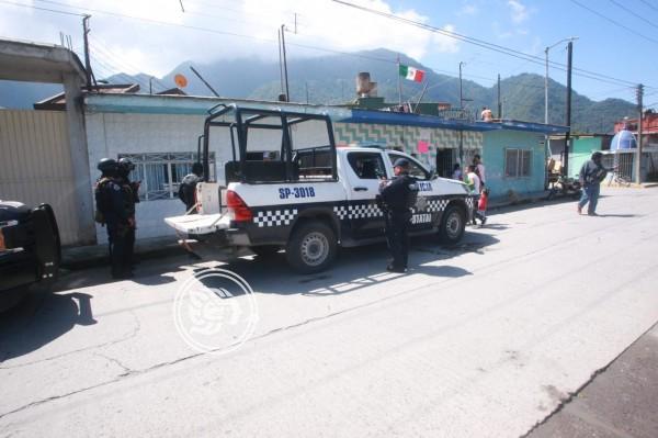 Denuncian presunto refugio de migrantes en Río Blanco