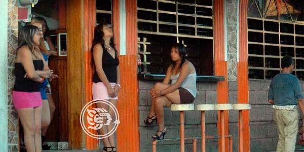 Casi 500 meretrices trabajan en Minatitlán