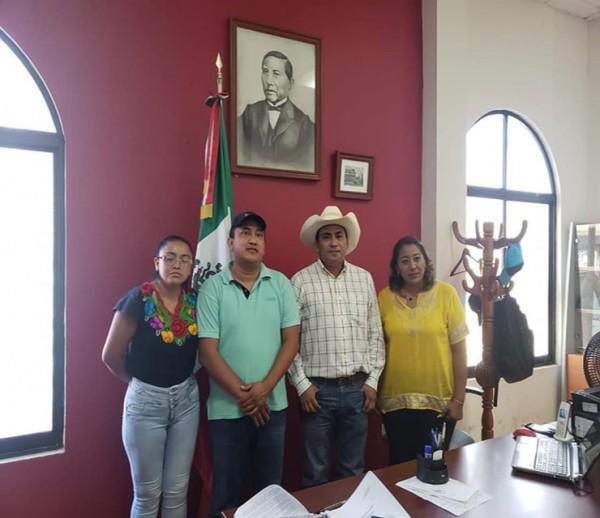 Establece Fredy Ayala alianza con alcaldes de FUCO.