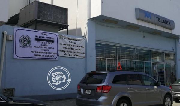 Protestan trabajadores de Telmex en zona norte de Veracruz