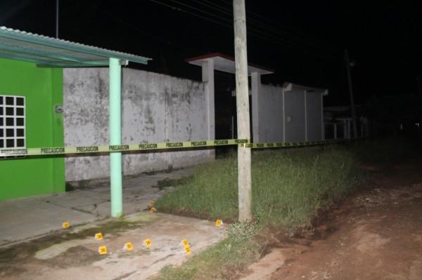 Matan a gallero en su vivienda de San Juan Evangelista