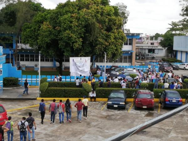 Exigen destitución del director del TEC de Minatitlán