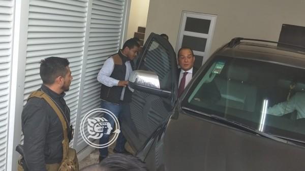 Ex fiscal de Veracruz permanecerá 2 años más en prisión domiciliaria