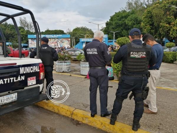 Policía de Minatitlán captura a 2 presuntos ladrones