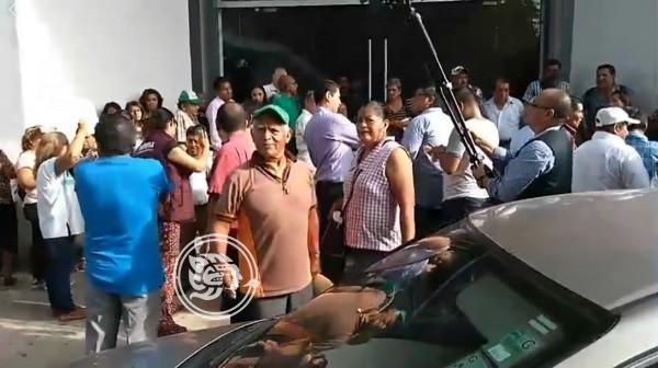 Morena realiza proceso de elección de delegados en Cosoleacaque