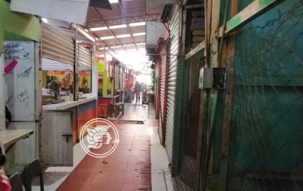 Mercado de Tuxpan, con infraestructura insegura y deteriorada