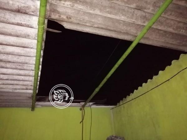 Fuertes lluvias afectaron 20 viviendas en Cuichapa