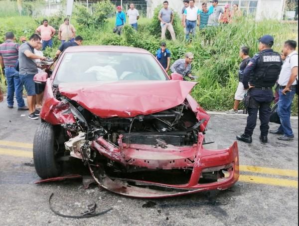 Accidente en carretera Poza Rica deja cuatro personas lesionadas