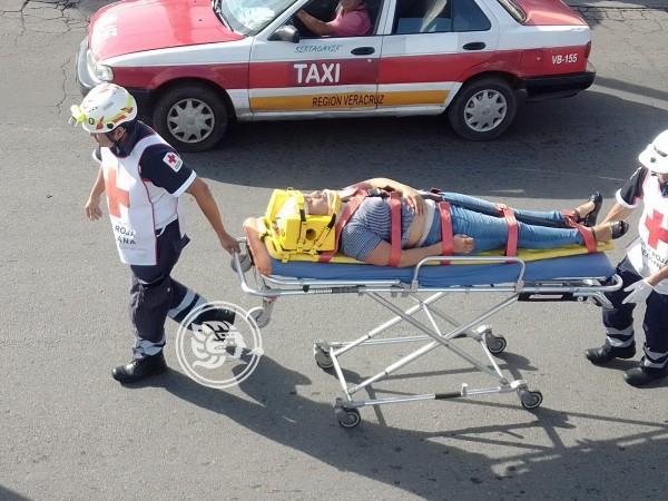 Motociclista atropella a mujer a las afueras de Plaza Coyol
