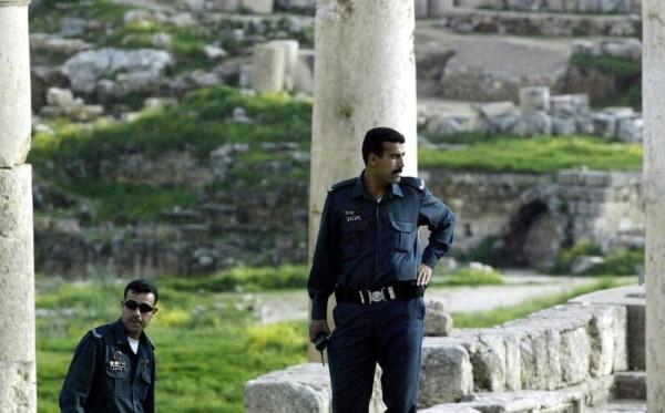 Apuñalan a tres turistas mexicanos en ruinas de Jordania