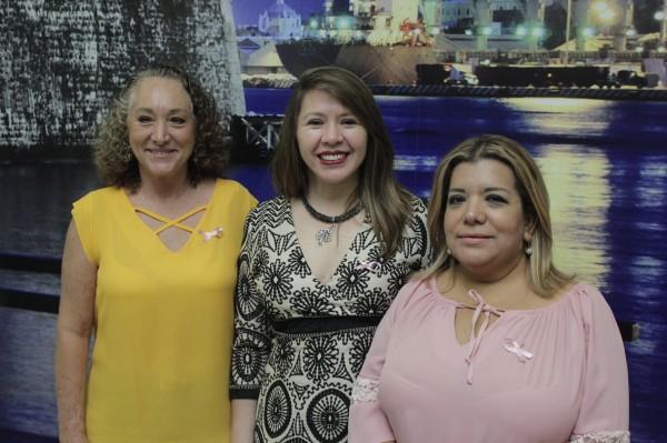 Realizan conferencia para motivar el chequeo de mamas en mujeres