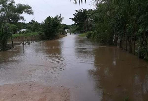 Aumentan afectaciones en Texistepec y declaran emergencia en Hueyapan