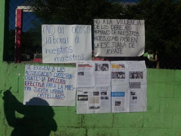 Padres toman escuela en Huatusco; acusan 'dedazo' de la SEV para imponer directora