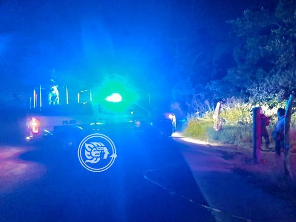 Hallan muerto a taxista en zona rural de Coatzacoalcos