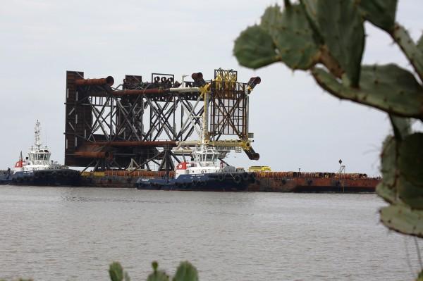 Se resguardan 2 embarcaciones en el puerto de Coatzacoalcos por FF 11