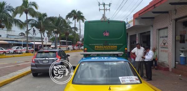 Redobló Transporte Público Operativos en primer cuadro de Coatzacoalcos