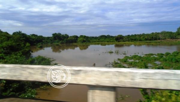 Desbordamiento del río Chacalapa perjudicaría a poblados