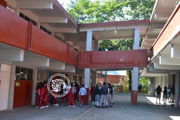 Filtran video de pelea en secundaria de Orizaba; sancionan a implicados