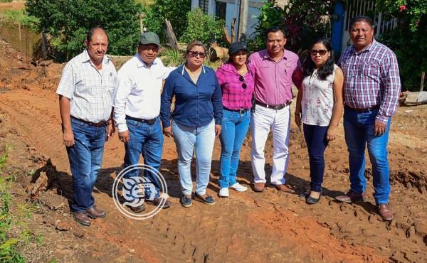 Record de obras y pavimentaciones logra Rolando Sinforoso