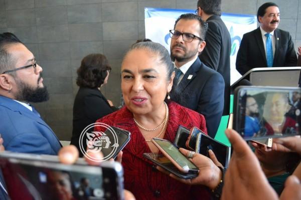 Protege Rectora de la Universidad Veracruzana a maestros acosadores